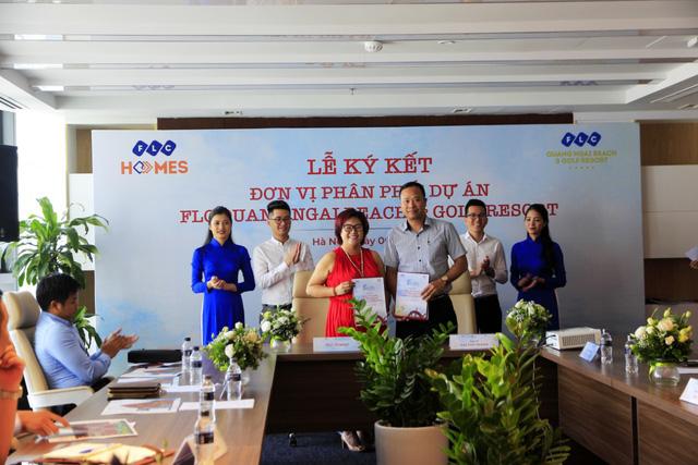 Lễ ký kết đơn vị phân phối dự án FLC Quang Ngai Beach & Golf Resort giữa FLC Group và Đại Phú Thành.